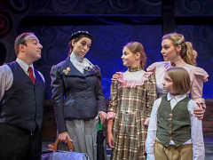 Mary Poppins on the Main Stage (Video Report)